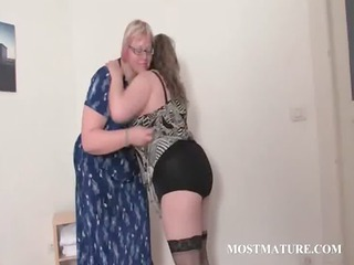 bbw homosexual slut matures playing bodies