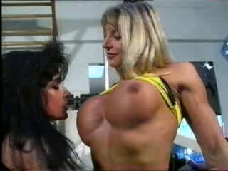 bodybuilding milfs get pussy friendly at the gym!