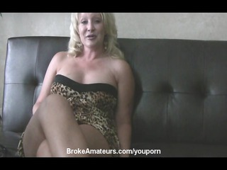 inexperienced cougar chick primary porn video