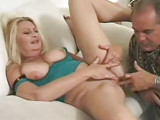 mature blond gets kitty lickedass gangbanged and