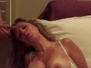 mature pushing dildo and blowjob