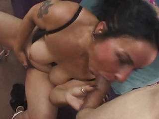 bushy mom kate swiss