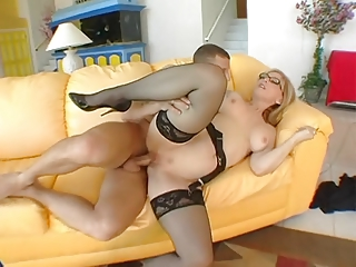 kate hartley - woman copulates amateur guy