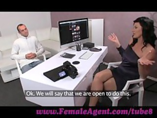 femaleagent. stud has issues during casting