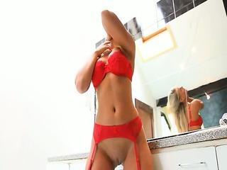 my lady in tub fisting