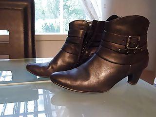 white cream into wifes dark ankle boot