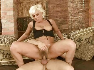 hot old takes her bushy kitty fucked difficult
