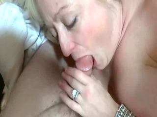 cougar albino dick sucking &; sperm inside