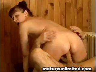 cougar lady fuck from behind
