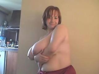 a redhead-big wonderful woman-mother id enjoy to