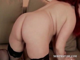 grown-up whore masturbates pussy