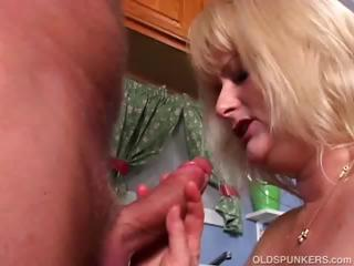 older celebrity lizzy liques loves to fuck