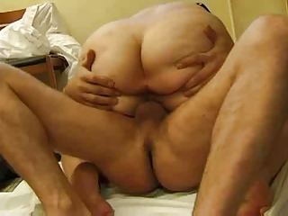 fatty older mom with a huge ass seducing a
