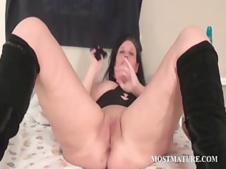 ancient slut pleasuring her cave inside berth
