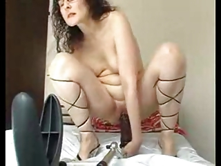 big dildo housewife