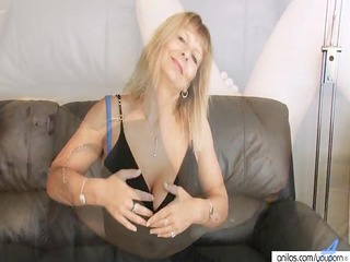 busty cougar fingering her hairy kitty