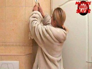 mature toilet sluts-mina