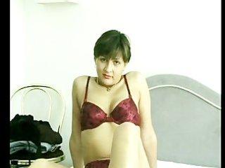 very impressive lady enjoys until she climax