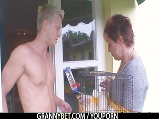 granny rides neighbours large dick