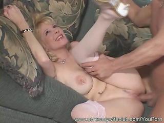 screwed housewife in deep penetration