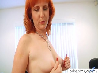 redhaired slut copulates bushy vagina
