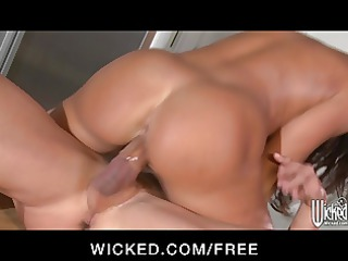 wicked chick line amanda invites worker inside