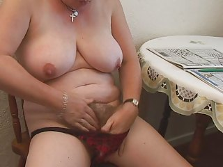 shaggy plump older fingering
