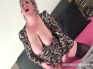 trashy cougar dildoing light black prostitute