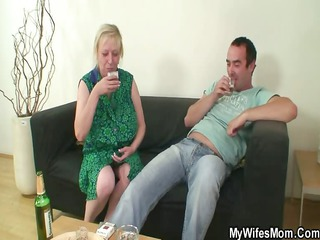 she finds her old lady sitting on her bfs penis