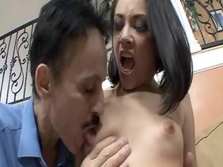 older stud likes to gang bang those hawt amateur