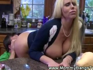 mouth dining lodging enjoy for naughty chick from