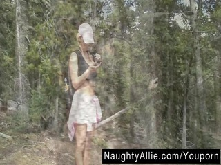 mountain trail masturbation – exhibitionist babe