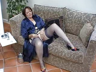 suzie elderly solo in stockings