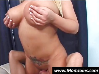 mother and daughter share a uneasy libido and