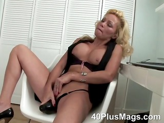 big inexperienced dildo for pale divorcee