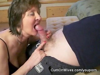older lady gives awesome head