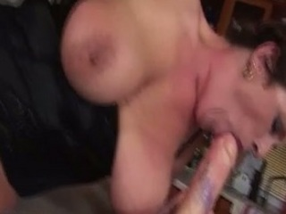 grown-up klaudia rides a dildo