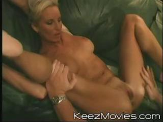 hot pale lady spreads her foot big to get fisted