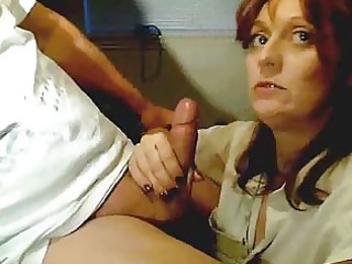 mature babe gives cash worthy parade
