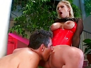 latex ballgame milf nicki hunter