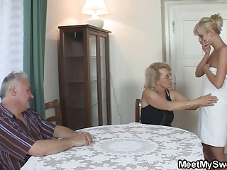 he finds his mom and dad drilling his gf