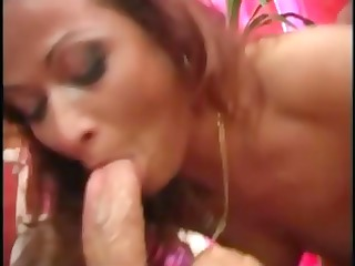 dirty redheaded cougar girl eats a inexperienced