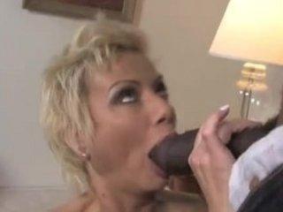 ebony cum for white woman - sexymomi.com
