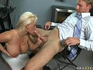 scoprching sexy momma holly halston likes