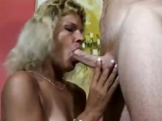 cougar milfs enjoy to suck uneasy penises and get
