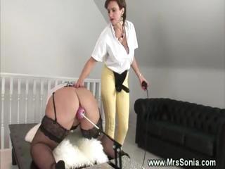 fat woman obtains on dildo