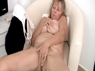 extremely impressive old pushing dildo