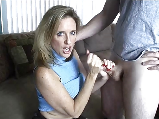 mom gives handjob toyoung guy