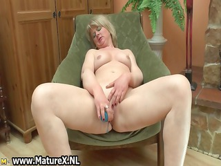 horny ripe elderly woman worships to pierce