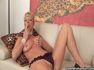 bleached old shows her horny side